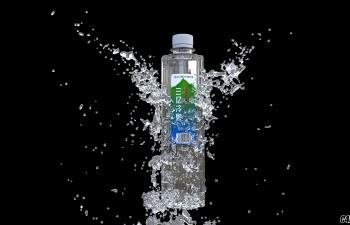 矿泉水瓶子